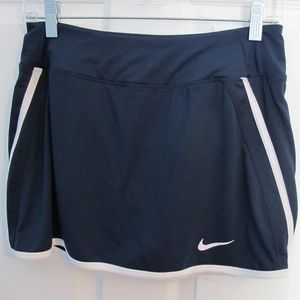 Nike Dri-Fit skirt with built in shorts Size - S